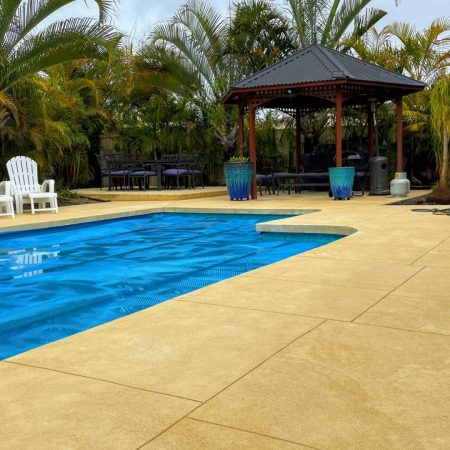liquid limestone pool surround
